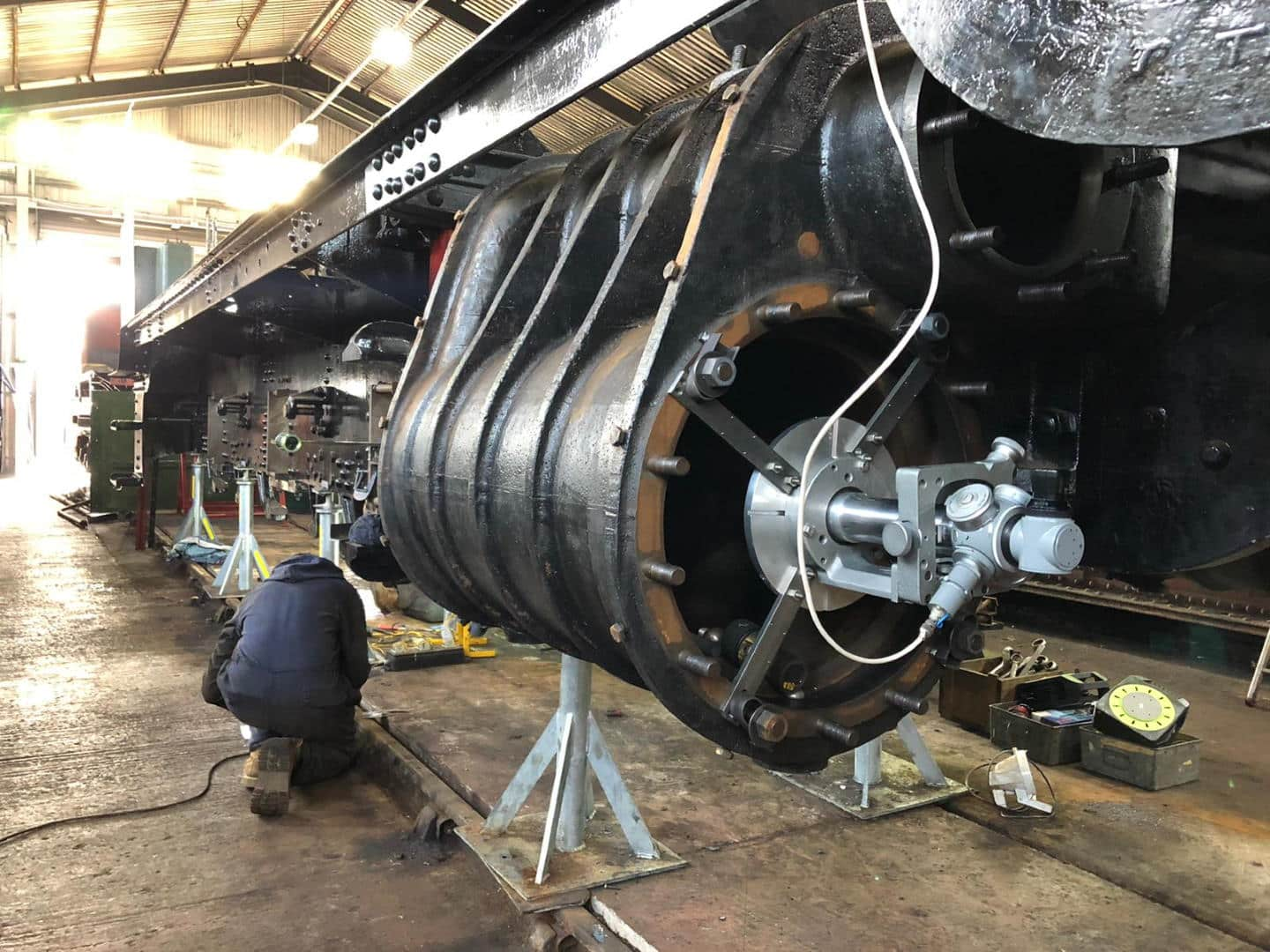 Setting Up Optical Alignment Gear // Credit Leaky Finders 4930 Hagley Hall steam locomotive