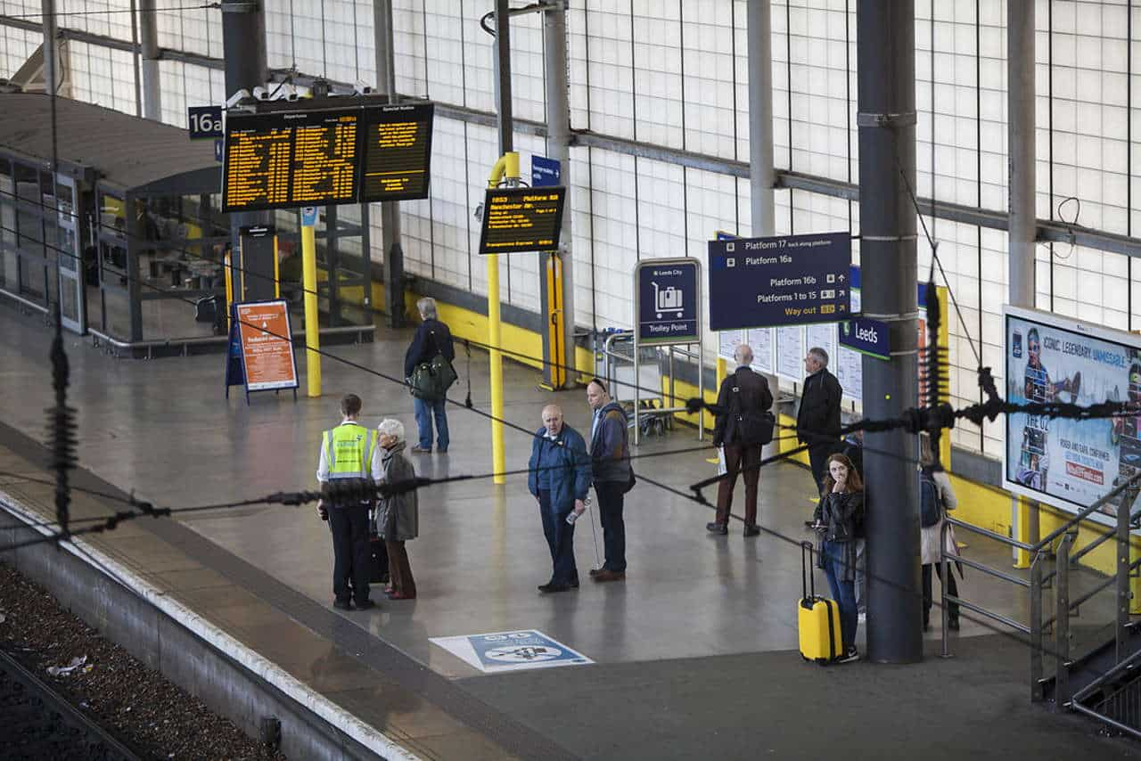 Leeds-Train-Platform-16