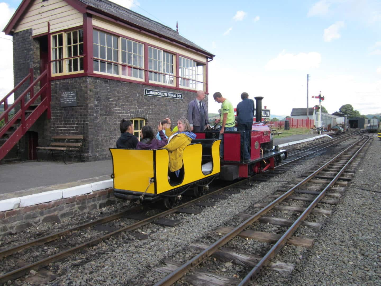 Llanuwchllyn Signal Box // Credit Bala Lake Railway