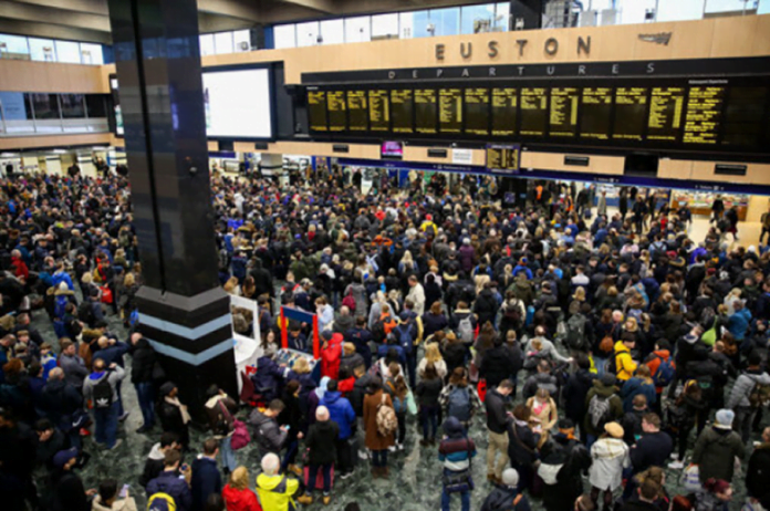 Union warns against travel chaos as people encouraged to go back to work