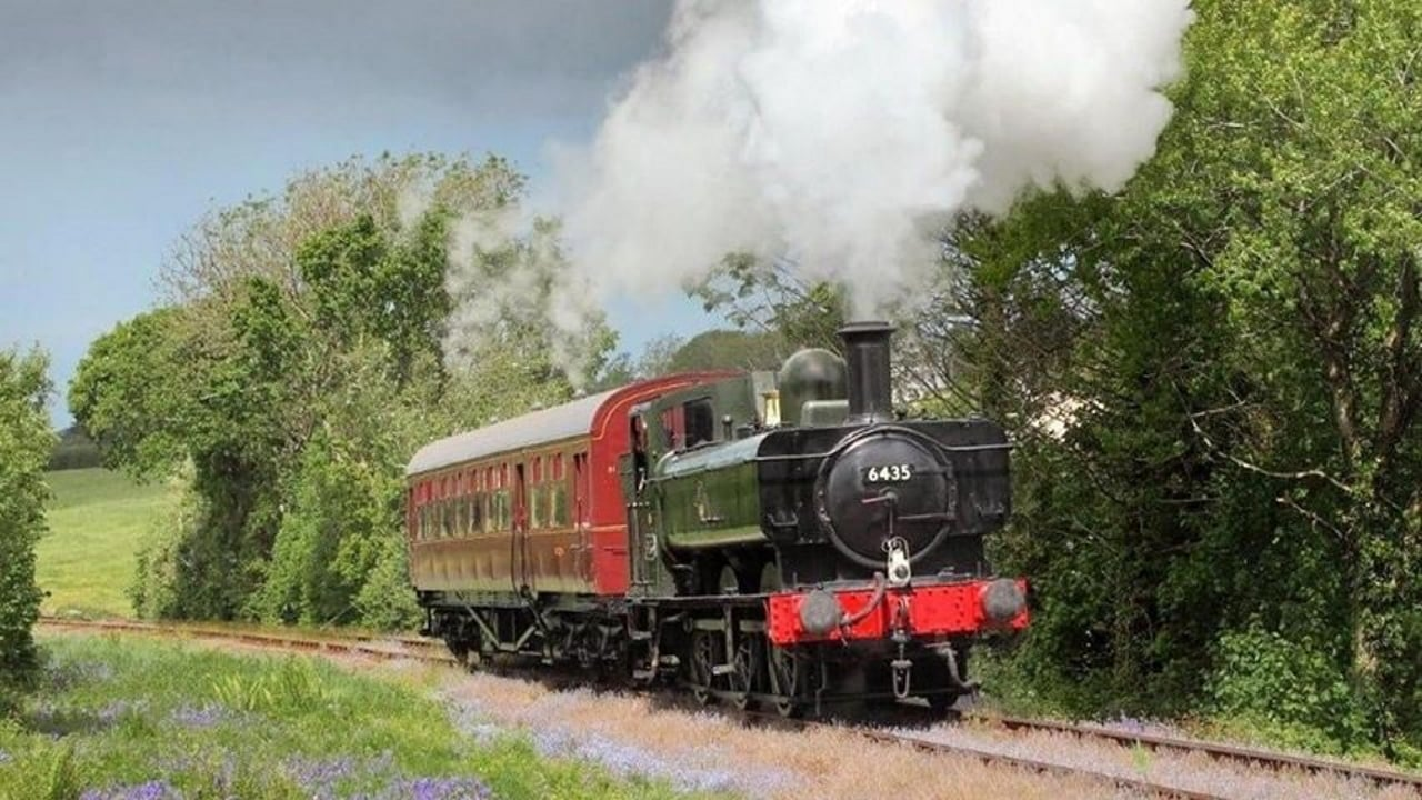 6435 at the Bodmin and Wenford Railway