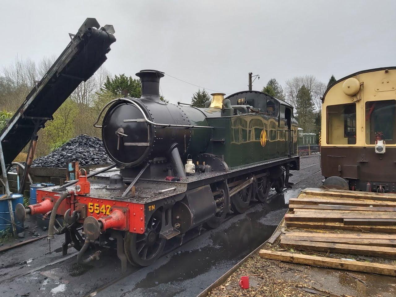5542 on the South Devon Railway