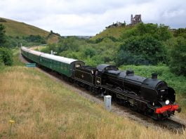 31806 approaches Norden Wednesday 15th July