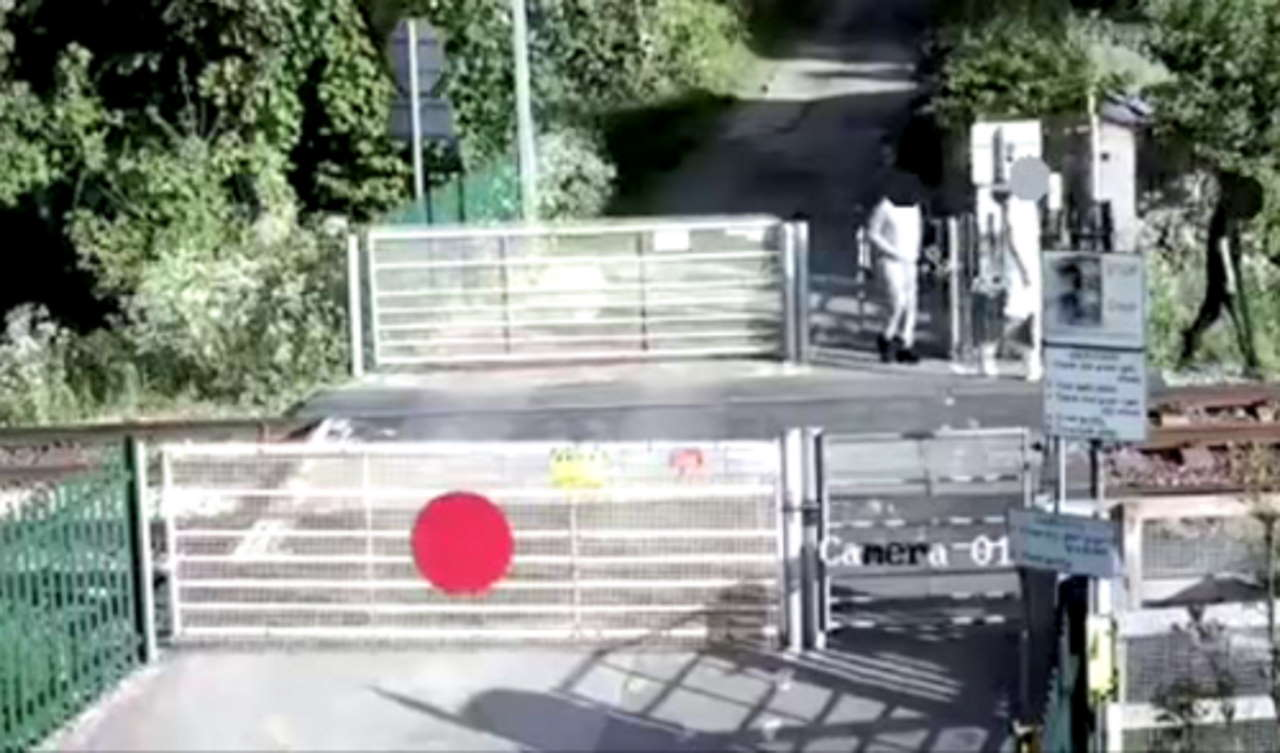 Alarming CCTV shows three teenage trespassers on railway tracks in West Yorkshire