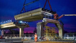 Bletchley flyover span lift May 2020