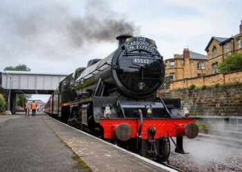 45662 Alberta on the Scarborough Spa Express