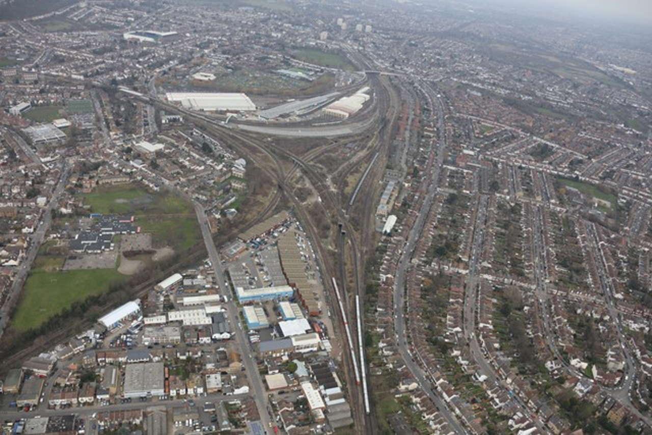 Croydon bottleneck Selhurst triangle
