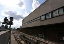 Farewell to the old and in with the new as London Bridge signalling centre closes