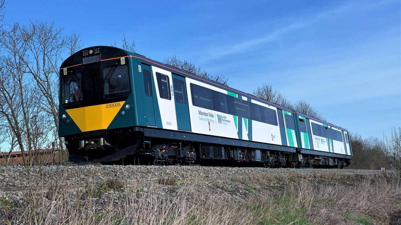 Marston Vale class 230