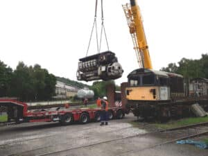 58022 power unit being taken out of chassis