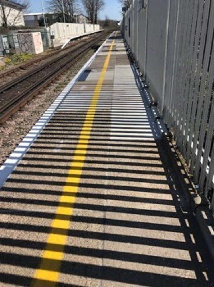 Aldrington station platform