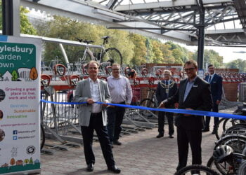 New bike racks unveiled at Aylesbury Station