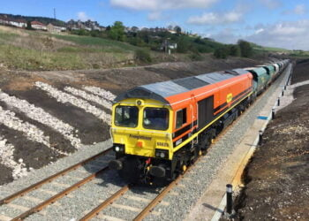 Freightliner Class 66 locomotive with Tarmac train at Buxton