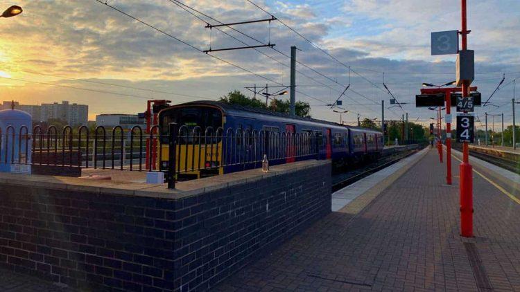 Wigan North Western station platforms