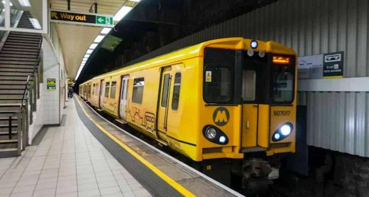 Merseyrail 507017