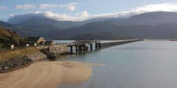 Grade II* Listed Barmouth Viaduct / Barmouth Bridge