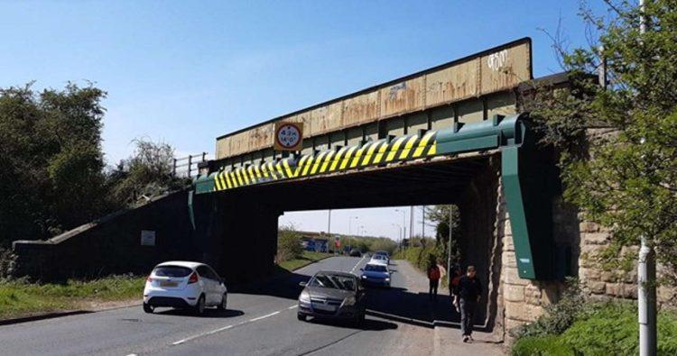 Railway Bridge to be replaced at Crofton near Wakefield
