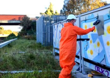 Southport graffiti clean up