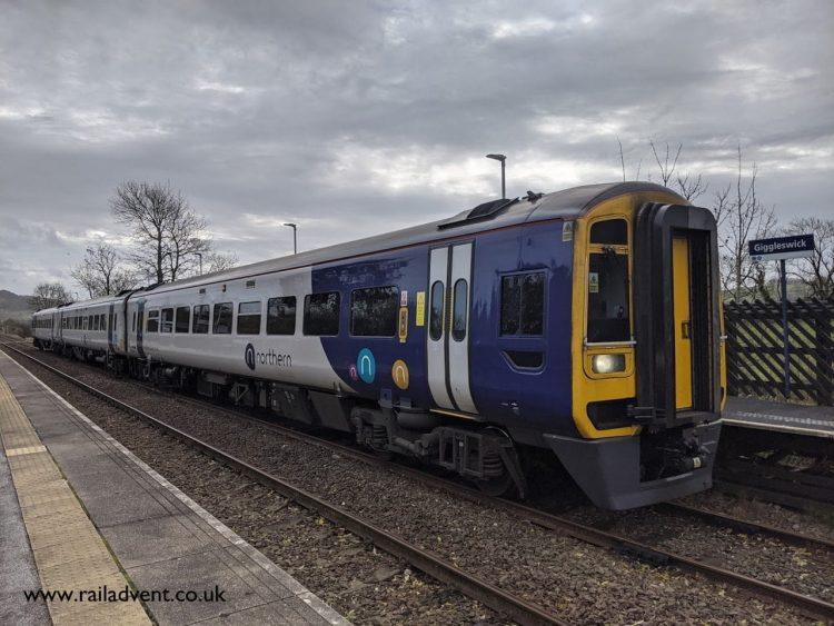 Northern Class 158 calls at Giggleswick