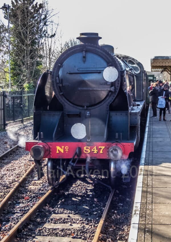 SR S15 847 at East Grinstead on the Bluebell Railway