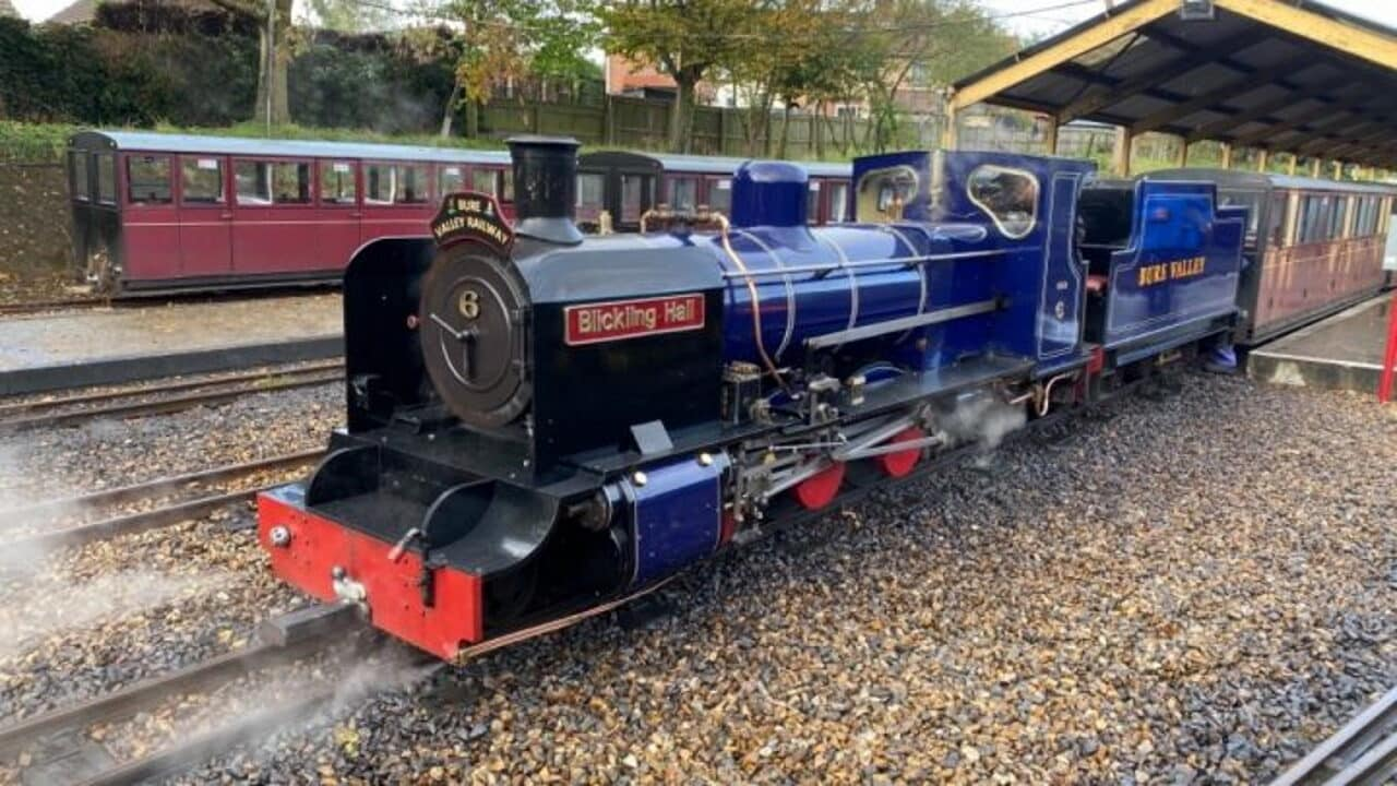 6 Blickling Hall on the Bure Valley Railway