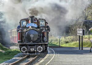 Merddin Emrys and David Lloyd George arrive into Waunfawr on the Welsh Highland Railway