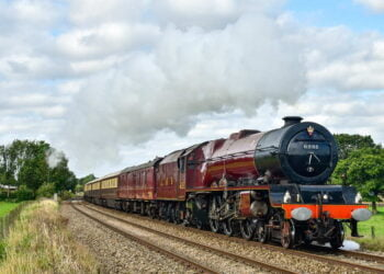 6201 Princess Elizabeth hauling The Northern Belle and heading for Carlisle