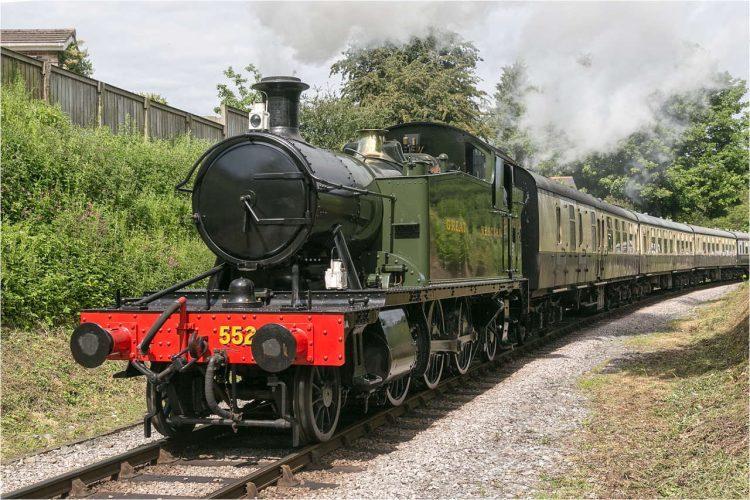 5526 on the South Devon Railway