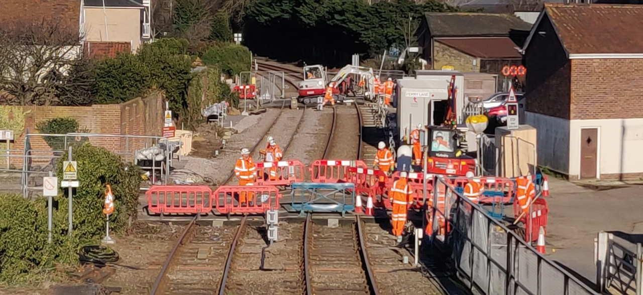 Woodbridge level crossing upgrade