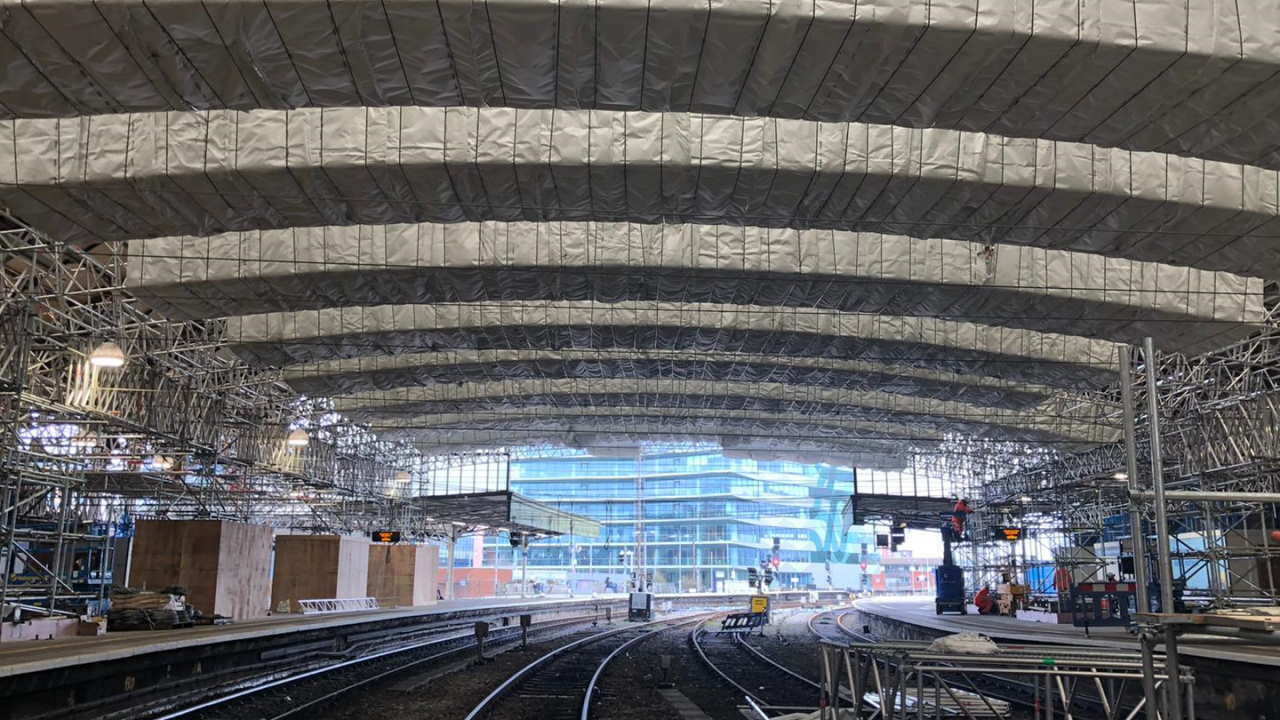 Bristol Temple Meads - main train shed scaffolding