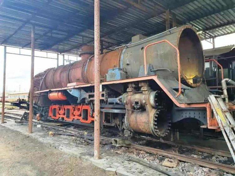 2767 locomotive progress in South Africa
