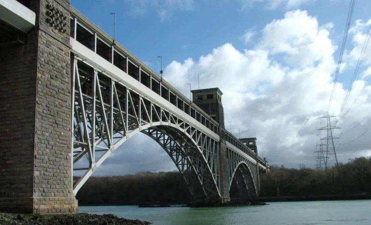 Britannia Bridge photo