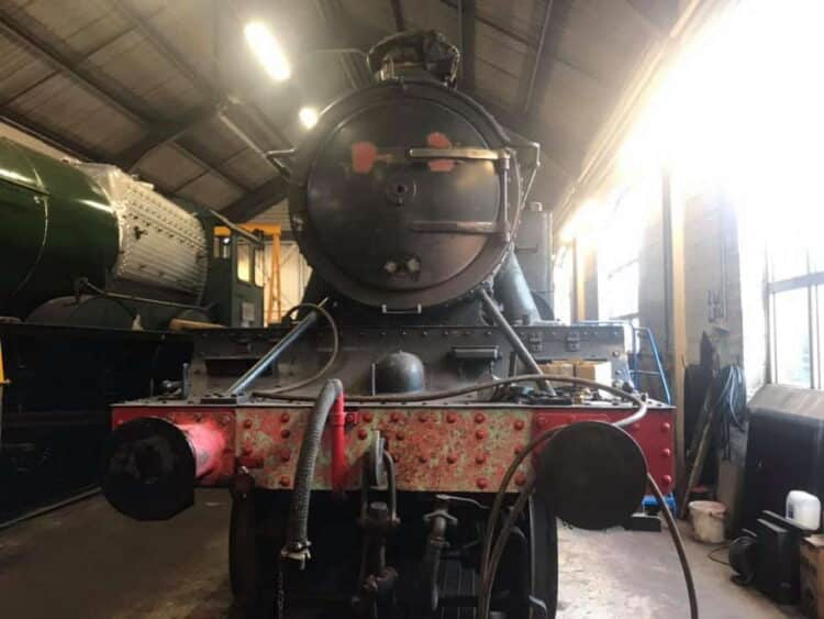 New livery for steam locomotive 5199