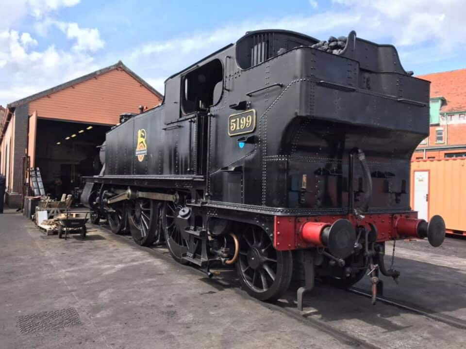 5199 at Minehead in her outgoing livery