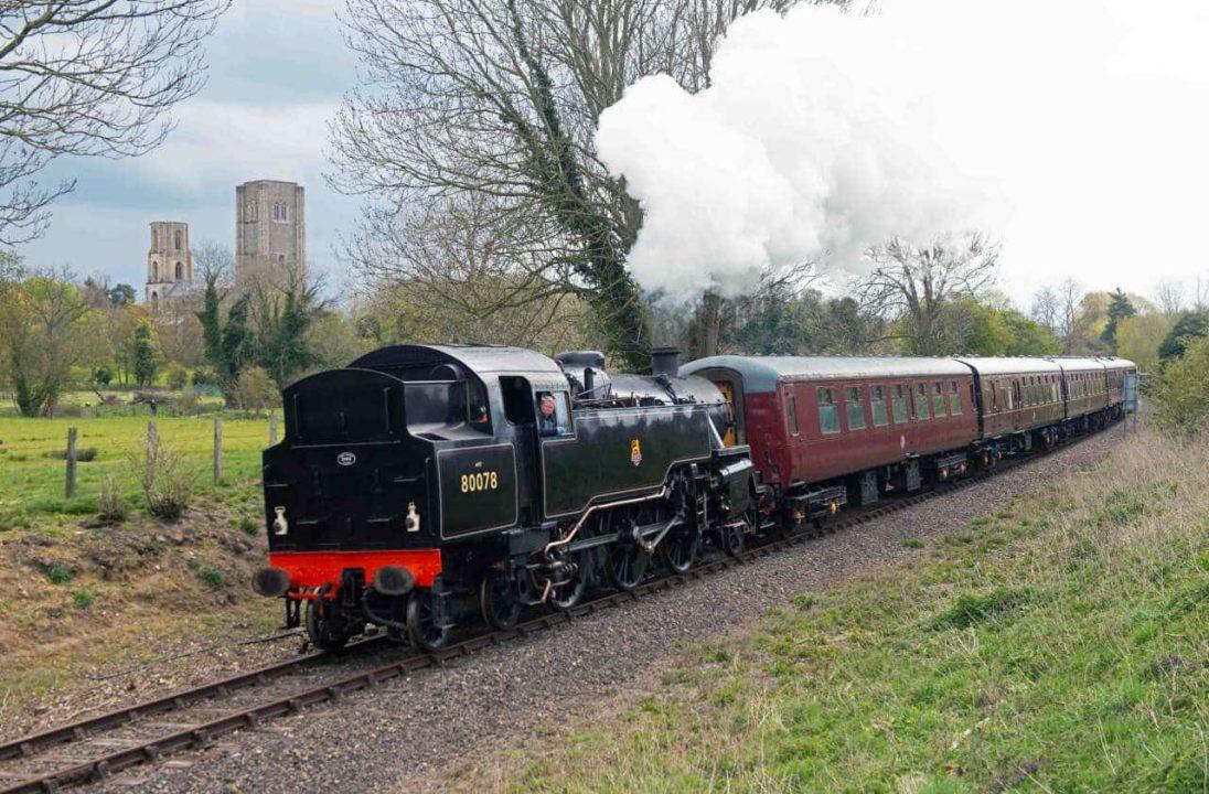 80078 departing Wymondham Abbey