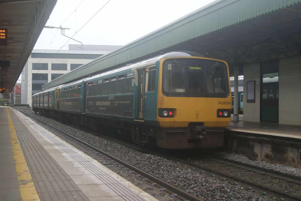 Pacer 143609 at Cardiff Central
