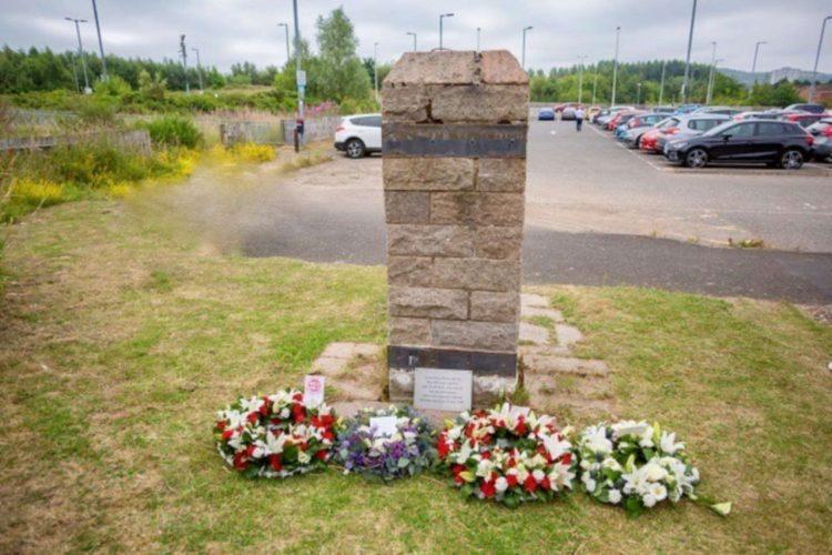 Newton memorial
