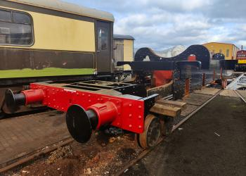 4709's chassis on an accommodation bogie, having been delivered to Tyseley