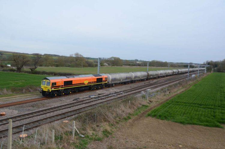 Freightliner train at Harrowden Junction
