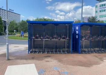 Cycle facility Manchester Airport station