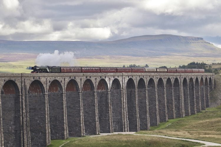 Flying Scotsman on the Ribblehead viaduct