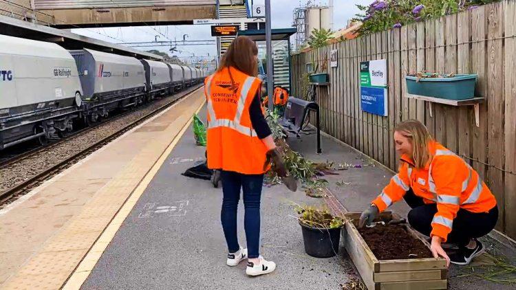 Bletchley railway station volunteer day