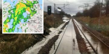 Current radar picture and stock images of WCML flooding